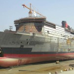 QM2 ship construction photo - 2003 May 28